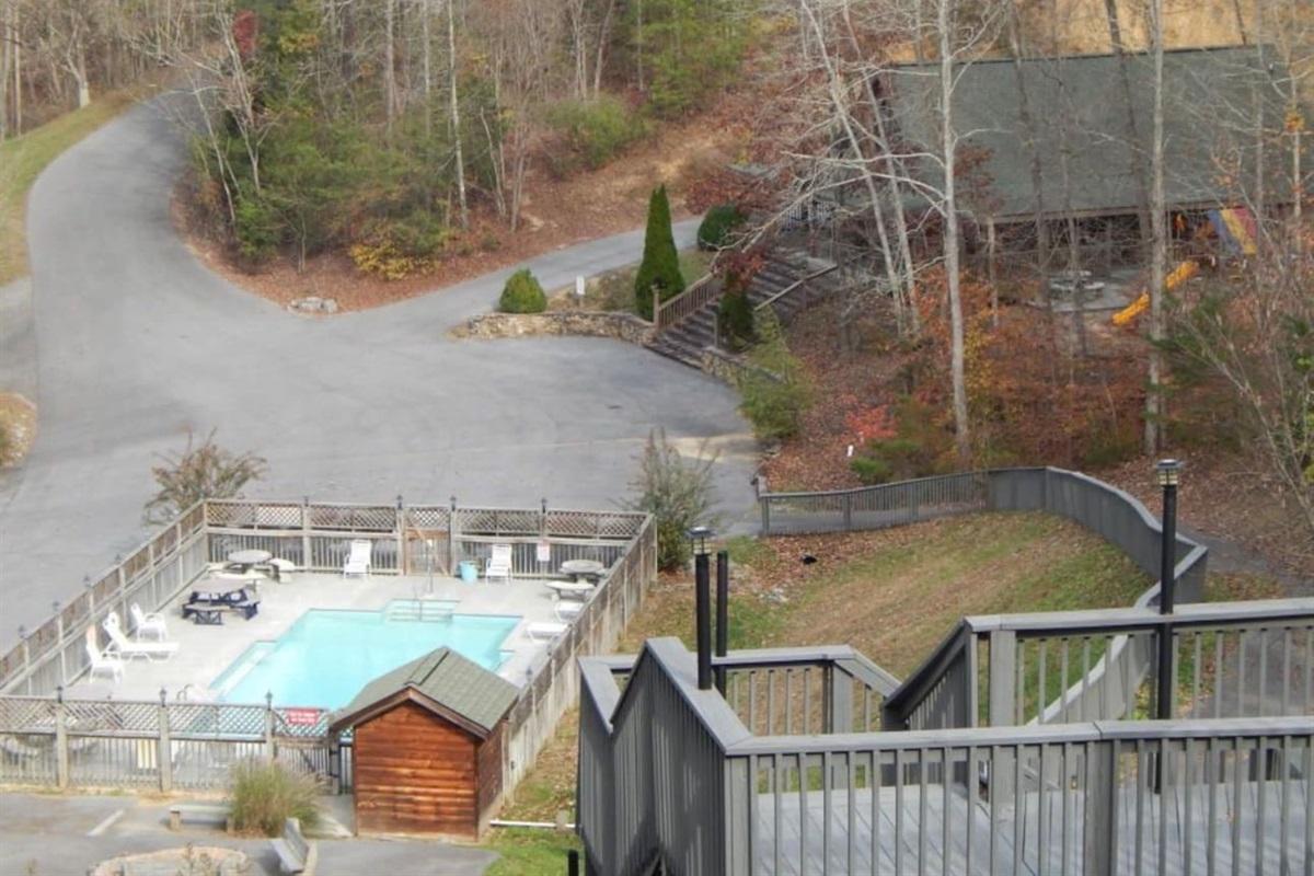 Douglas Lake Resort community pool