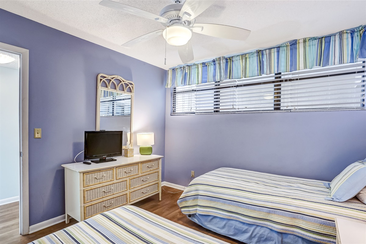 Guest Room Soothing Colors
