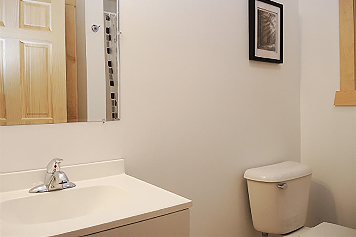 Bathroom w/ shower