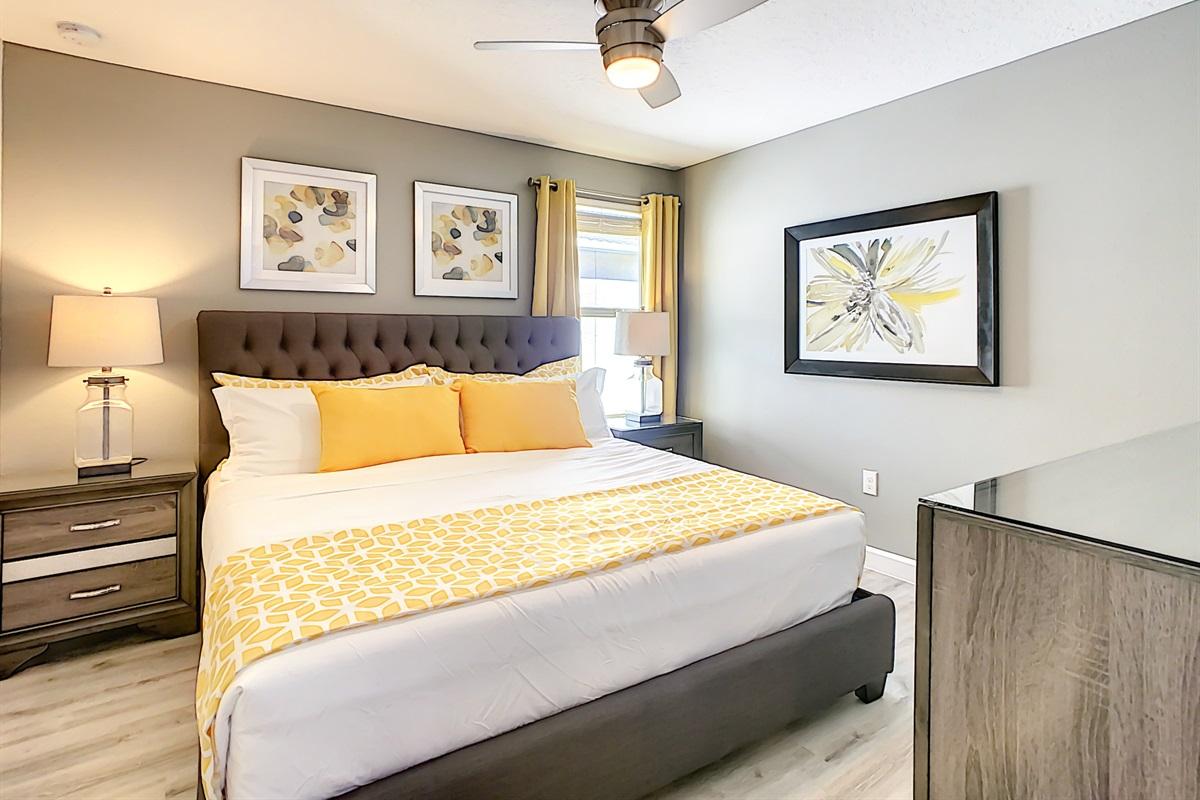 Bedroom 3-2nd Floor-King Bed