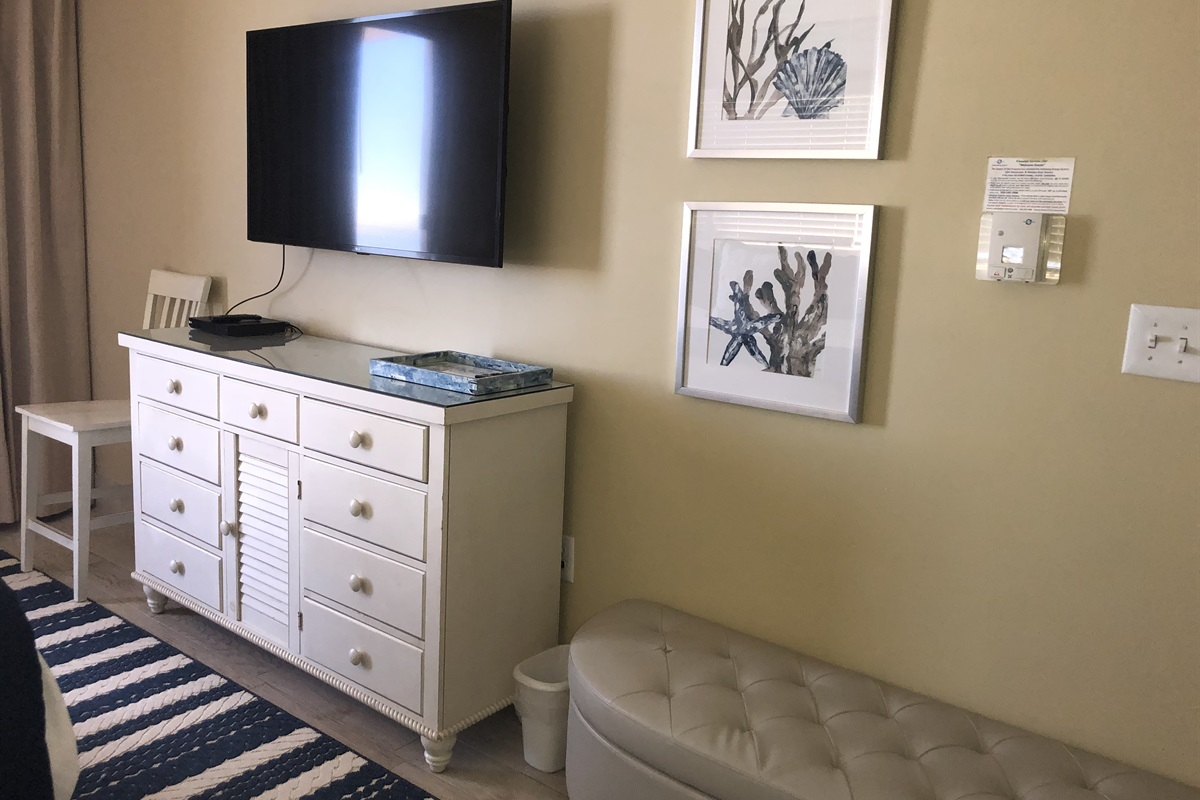"""Master Bedroom New LG 50"""" TV"""