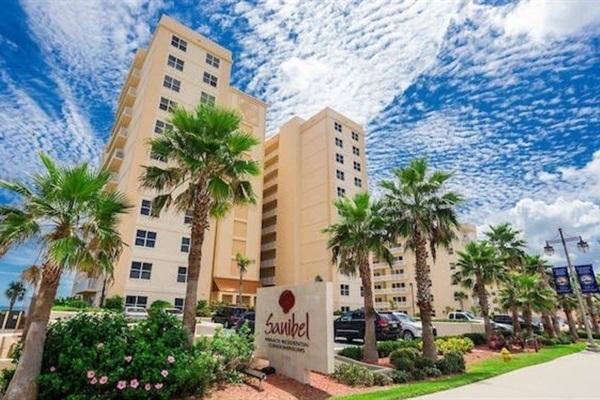 Sanibel Condominium, building, front view.