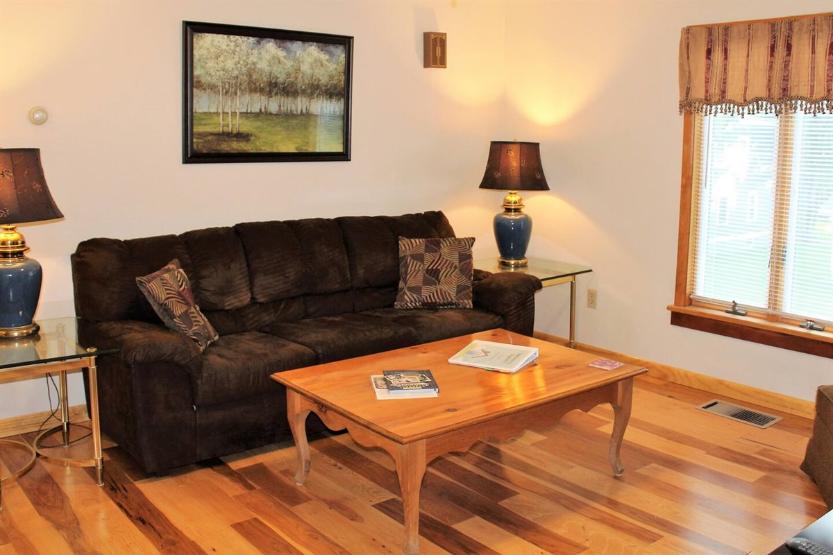 Cooperstown Baseball Rentals - Dugout 2 is just 3 miles to All-Star Village.  It is one of 4 separate units at this location.  A great choice for team families to stay together, yet each have their own private living space.