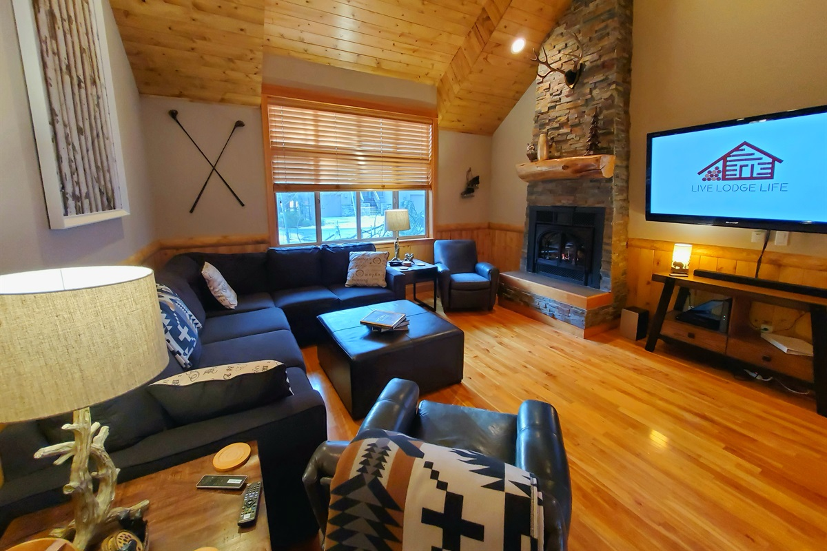"Lodge Great Room - 60"" TV"