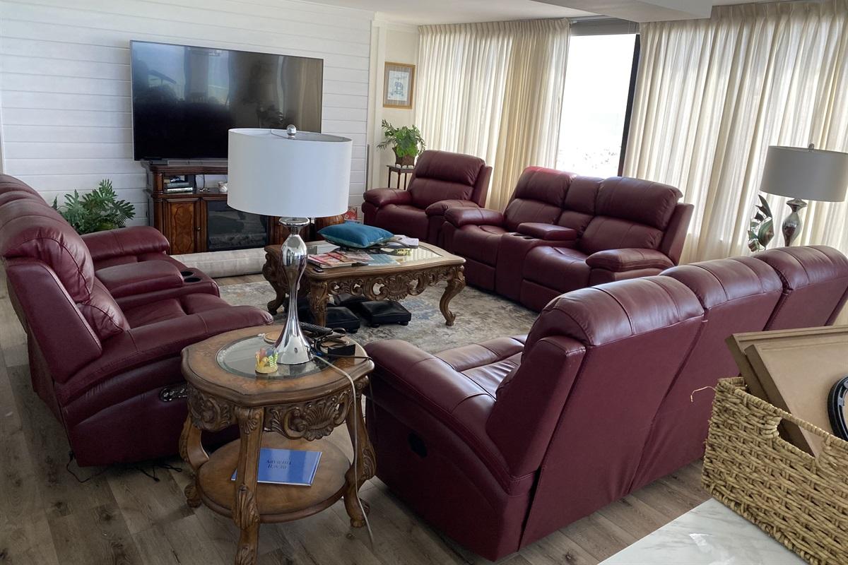 Livingroom updated seating