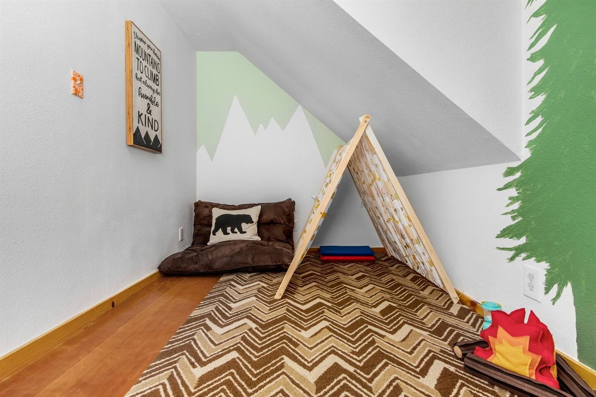 """Play Room (Upper Level): The """"Camp Fox"""" playroom for kids!"""