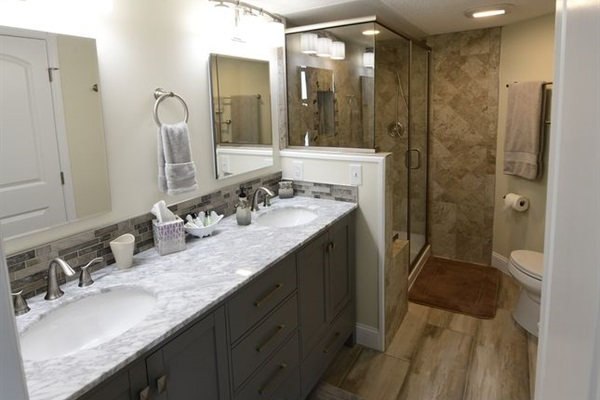 Newly Remodeled Master Bathroom with Stand Up Shower, Backsplash & Double Sinks