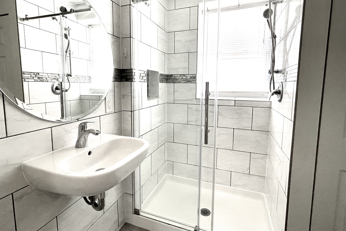 Fabulous bright natural light in this stylish bathroom