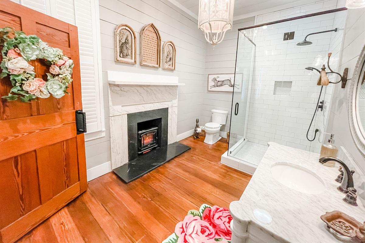 The Rose Suite Bathroom