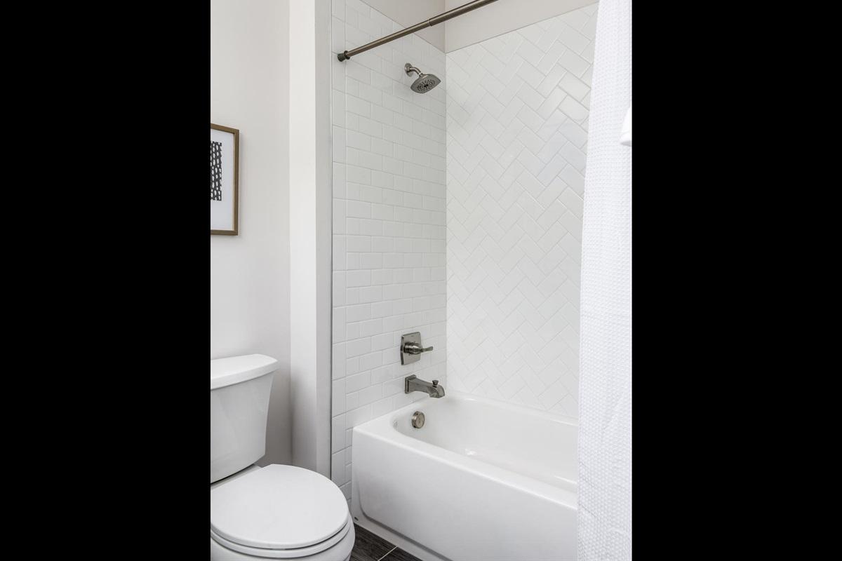 3rd Bathtub/Shower