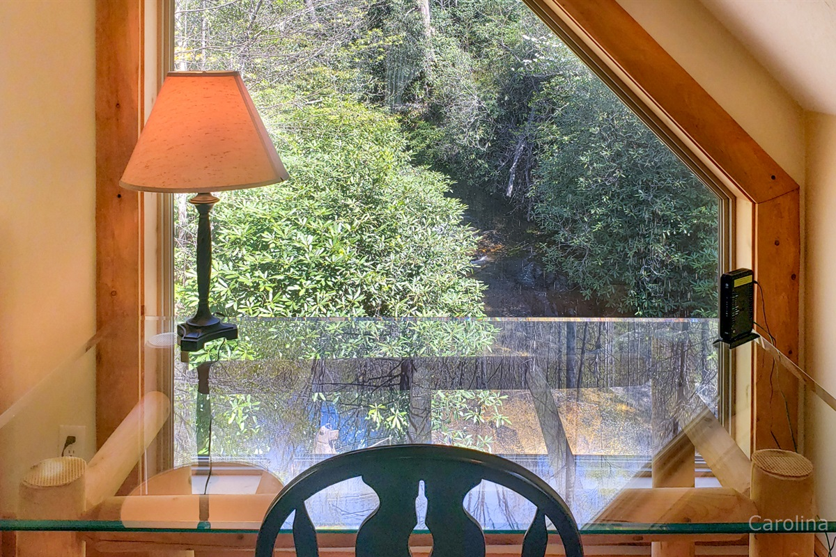 Dreamy work area overlooking the falls