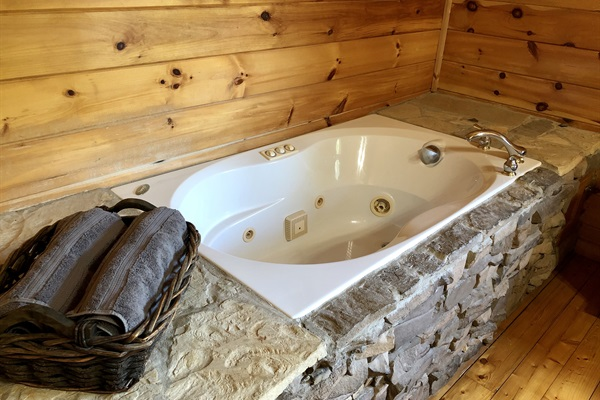 Upstairs jetted tub