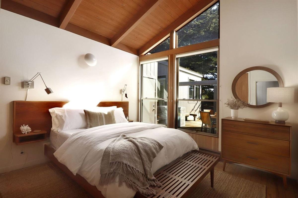Pacific Sunset Queen Bedroom