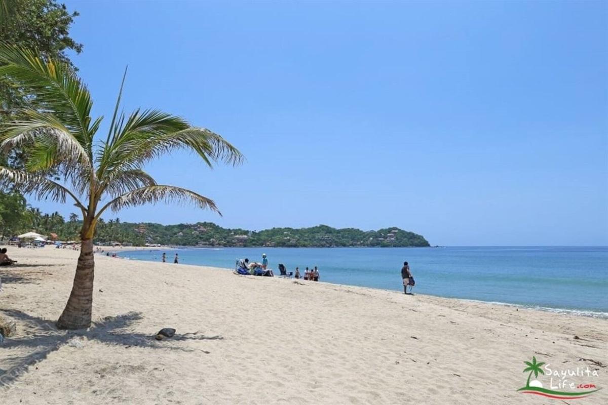 North Beach, a short 1-minute walk from Palmas Rubelina
