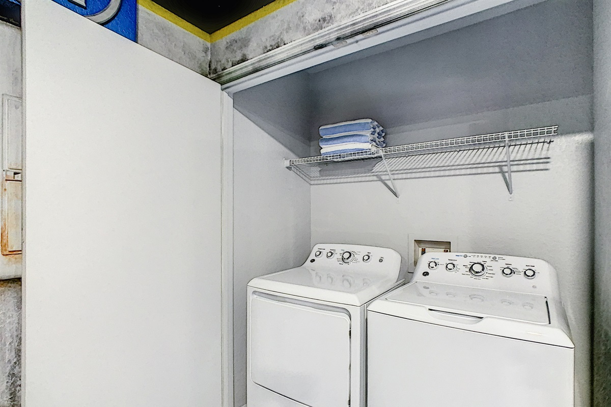 Laundry Machines (Free To Use)